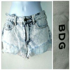 UO BDG Hi Waist Lou Shorts Urban Outfitters 26